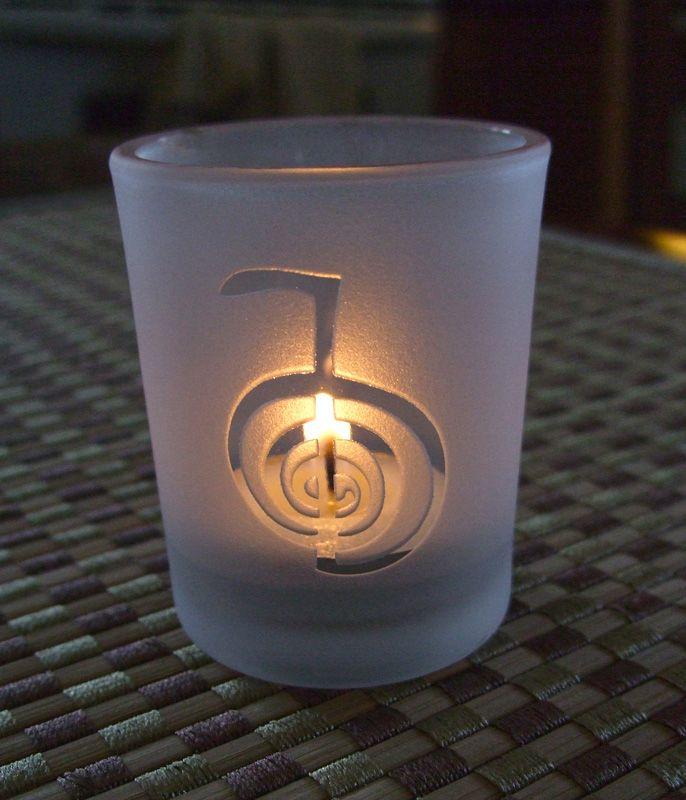 a34ac4c94a739dc94d8596cf3b616136--tea-light-candles-tea-lights